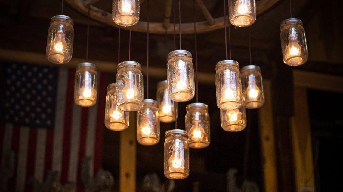 Bien choisir une suspension luminaire design pour son salon