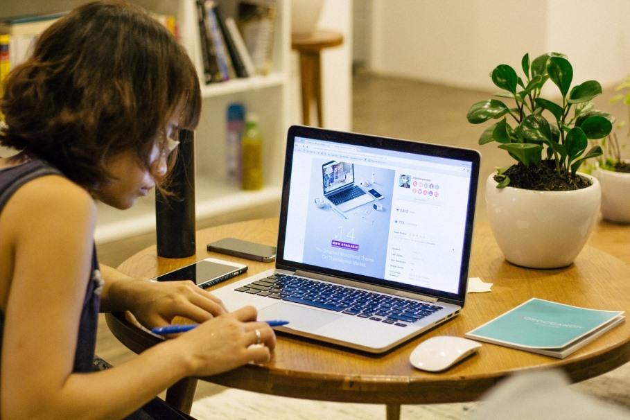 Faire appel à une agence webmarketing digitale pour la pérennité de votre entreprise