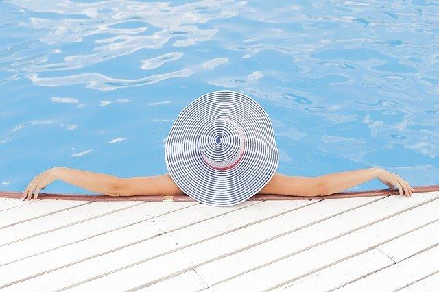 Quel type de piscine faire construire à Biarritz ?